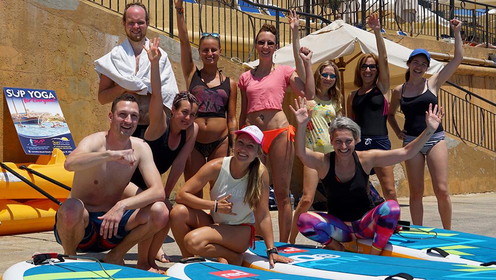 Happy SUP Yoga group